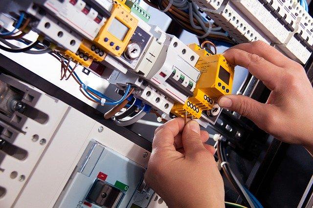 Impianti elettrici civili e industriali in provincia di Padova
